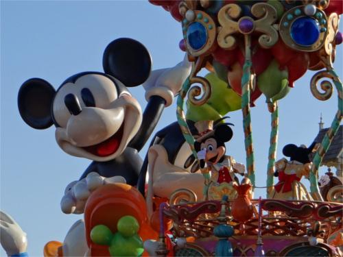 東京ディズニーランドのオープン当時の入園料はいくら?パスポート代の歴史_まとめ