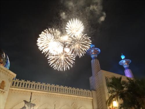 アラビアンコーストは花火が近い!