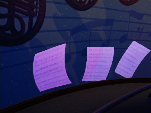 「ミッキーのフィルハーマジック」のQライン壁に描かれた楽譜_1