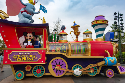 上海ディズニーと東京ディズニー、入園者1,000万人を早く突破したのはどっち?_2