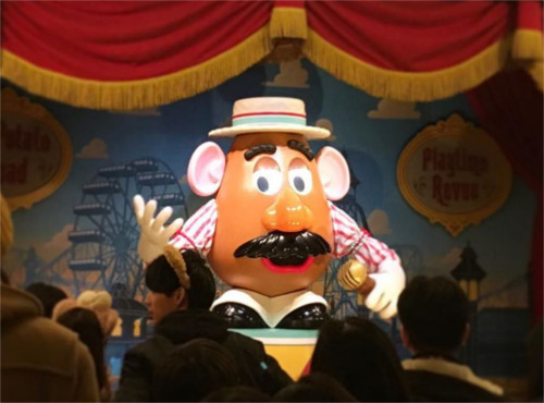 Mr.ポテトヘッドは世界で初めてテレビCMをしたおもちゃ