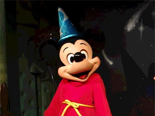 日本で昔、ミッキーよりもバンビやピノキオのほうが人気があった理由