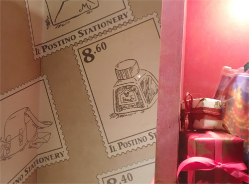 シーのショップ「イル・ポスティーノ・ステーショナリー」に隠れミッキー_3