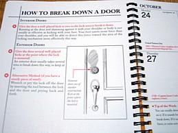 ドアは開閉するだけにしたいものです・・・。