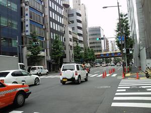 神田の一方通行道路