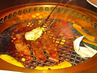 焼き肉居酒屋まるとく食堂