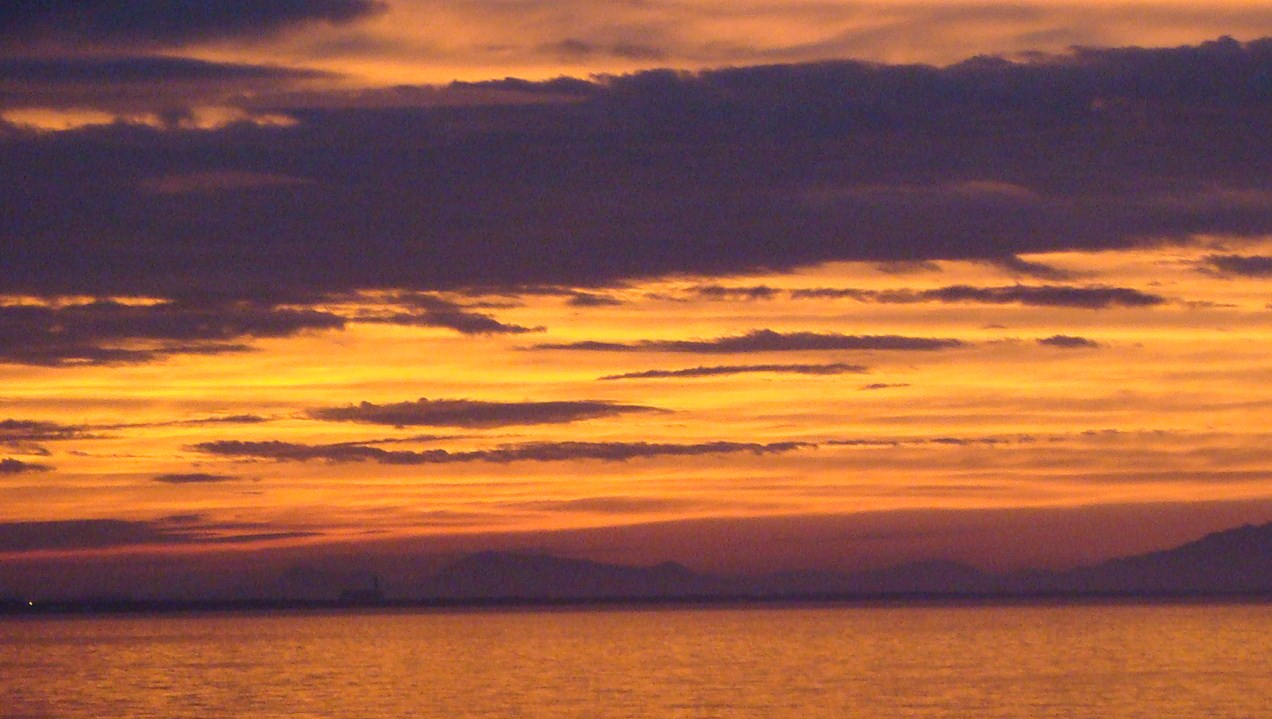 日本海の夕景