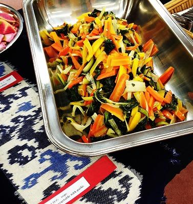 野菜のガーリック炒め