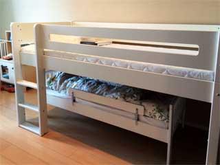 Manis-hのシングルベッド