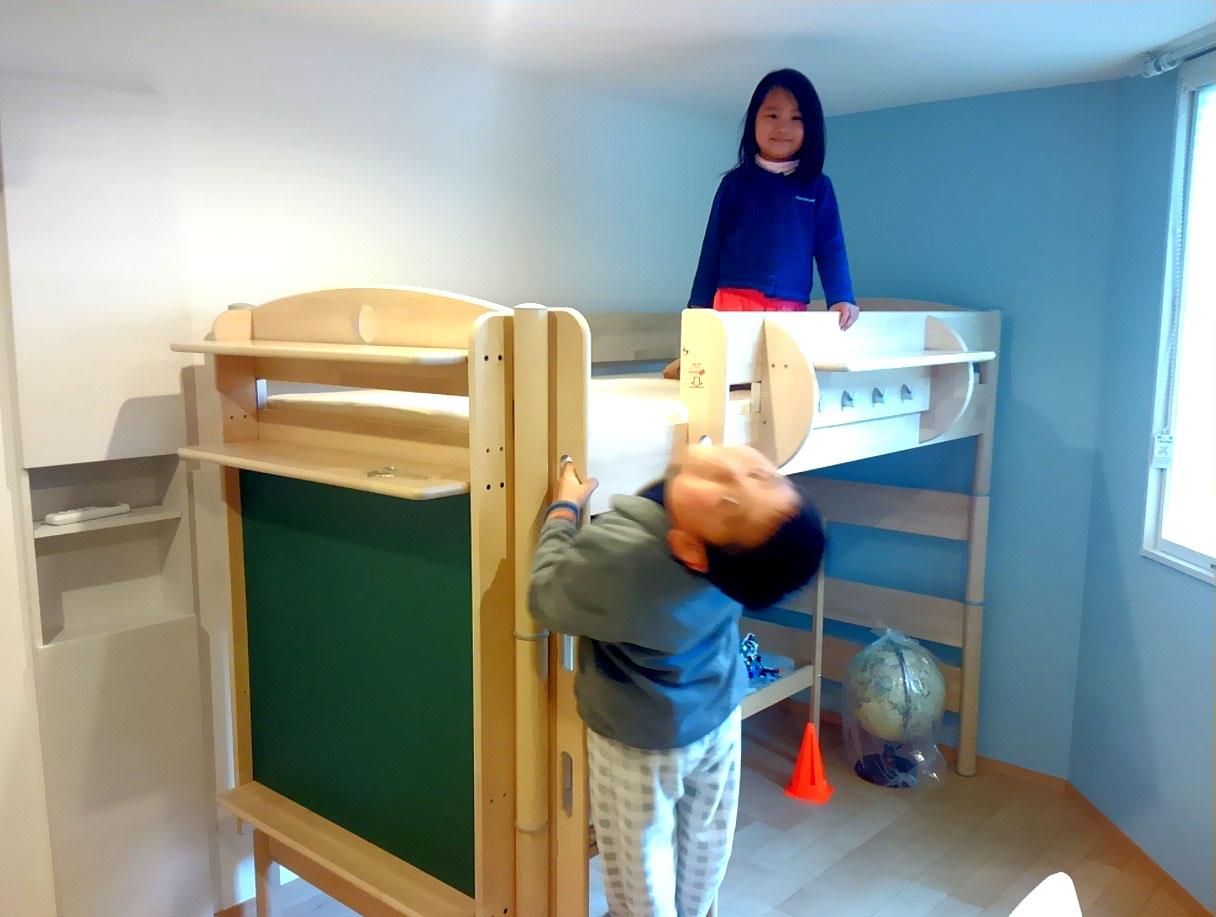 FLEXIMOのロフトベッドとご兄妹
