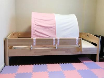 シングルベッドとテント.jpg
