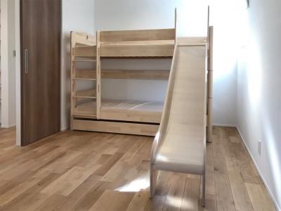 滑り台付き二段ベッド.jpg