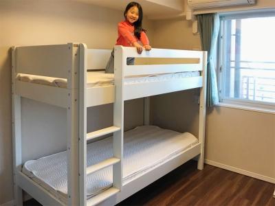 北欧の白い二段ベッド.jpg