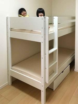 女の子の二段ベッド.jpg