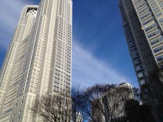 20120103新宿へ向かう空13