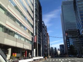 20120103新宿へ向かう空17