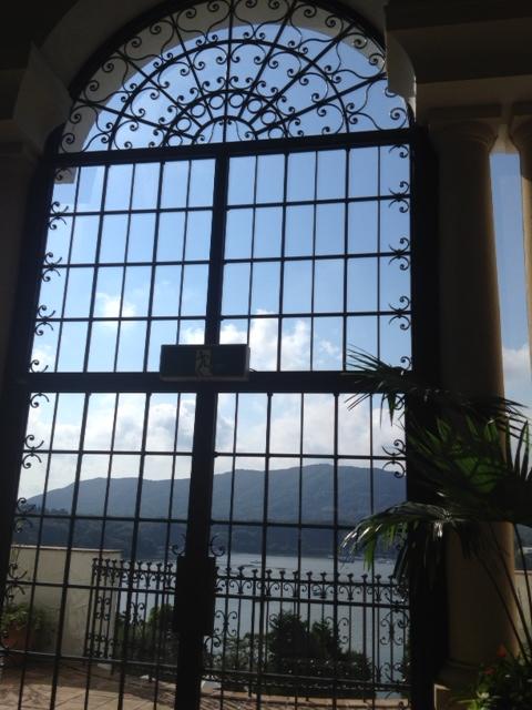 20120817大きな窓辺