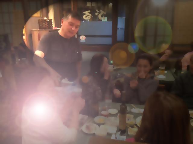 20121130居酒屋ぶる閉店20シャンパン振る舞いぼかしスポット