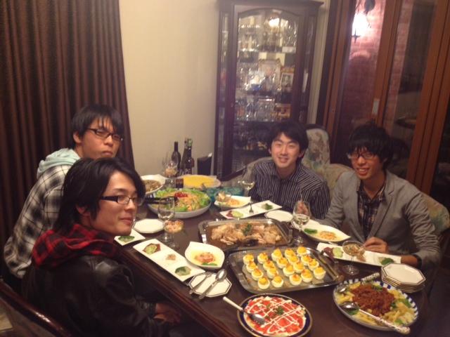 20121124おもてなし4人02