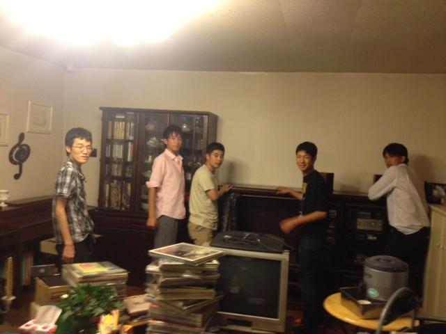 20131001サロン家具移動15