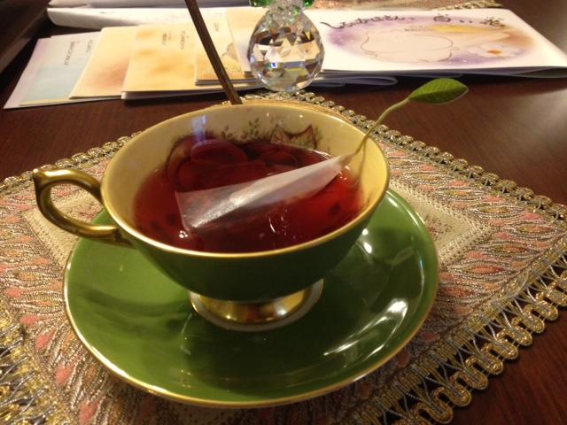20140321葉っぱのついた紅茶13