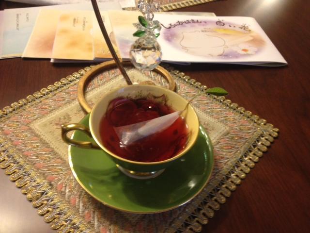 20140321葉っぱのついた紅茶15