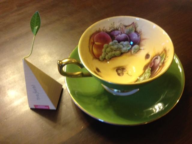 20140321葉っぱのついた紅茶18