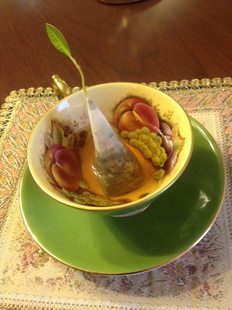 20140321葉っぱのついた紅茶22