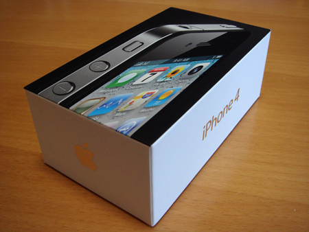 [iPhone4]箱がごっつい!
