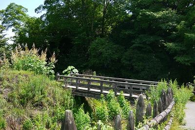 馬出の木橋