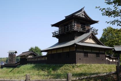 逆井城 二層櫓と井桜矢倉