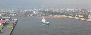 船の上が芦屋川河口