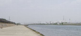 武庫川沿いに…