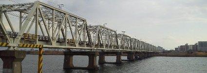 赤川鉄橋です