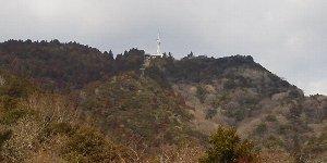 虹の駅から見た摩耶山(2012.2.17撮影)