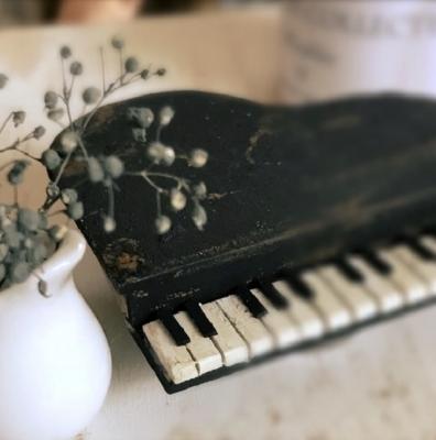 1/6ドールハウス 雑貨 ピアノ