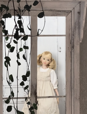 1/6ドールハウス 窓  momoko ブライス