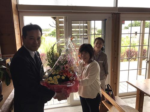 琉球銀行さんからのお花