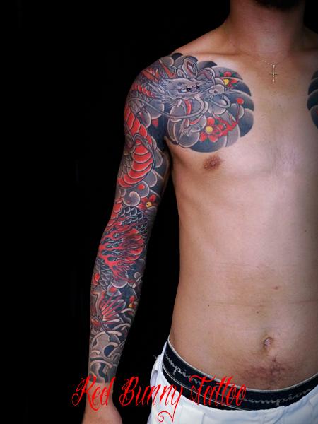 龍 桜散らし 刺青 和彫り タトゥーデザイン 東京 彫師