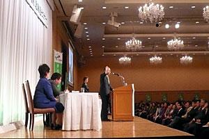 熱い思いを語る鈴木宗男新党大地代表