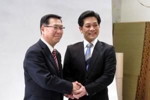 新人で立候補を決意された西川剛さんとツーショット撮影