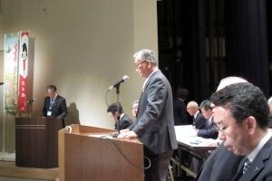 JA北ひびきの通常総代会で挨拶する西本組合長