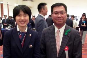 ジャンプの伊藤有希選手と記念撮影