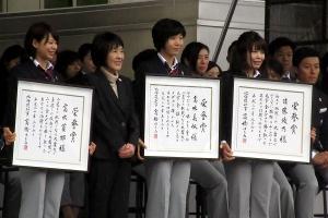 高木菜那選手、高木美帆選手、佐藤綾乃選手