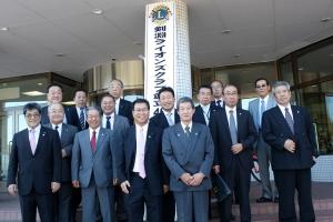 剣淵ライオンズクラブの40周年記念式典に出席した士別のメンバー