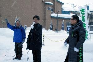 佐々木代議士と西川士別市議、私の3人での街宣活動