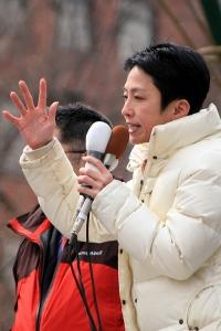石川ともひろ知事誕生に向けた熱い思いを挨拶する蓮舫副代表