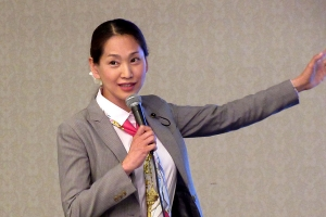 LGBT当事者のお話をする渕上綾子道議