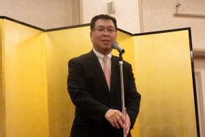 富良野市労連・退職者会の新年会で道政課題を報告