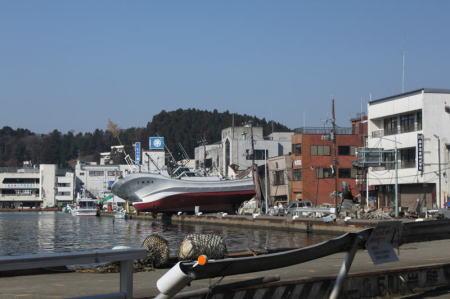 k20110409-13気仙沼港